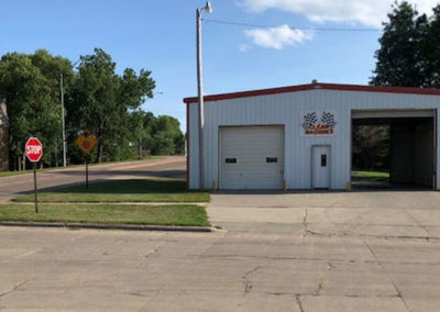 Commercial---200-4th-St---Ponca-Front