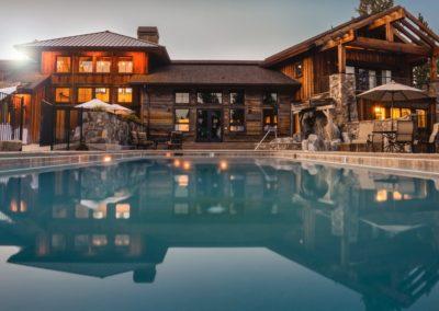 backyard-house-lights-32870