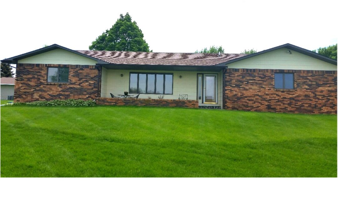 103 W. Ken Miller Circle, Hartington, NE  68739   $245,000.00 *NEW PRICE*  1,458 sq. ft.; 4 bdrm; 3 bath