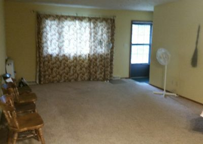 301 E State St. - living room