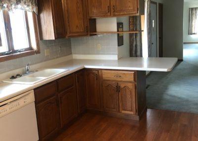 102 E. 6th St., Laurel - kitchen