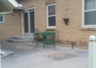 402 S. Summit, patio