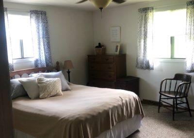 706 Cedar - master bedroom