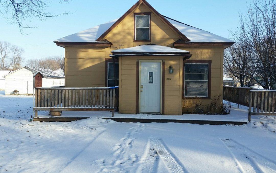 608 Emerson Ave., Wynot, NE  68792  576 sq. ft.; 2 bdrm; 1 bath;  $29,500.00
