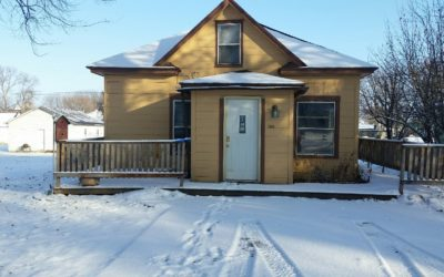 608 Emerson Ave., Wynot, NE  68792  576 sq. ft.; 2 bdrm; 1 bath;  $29,500.00