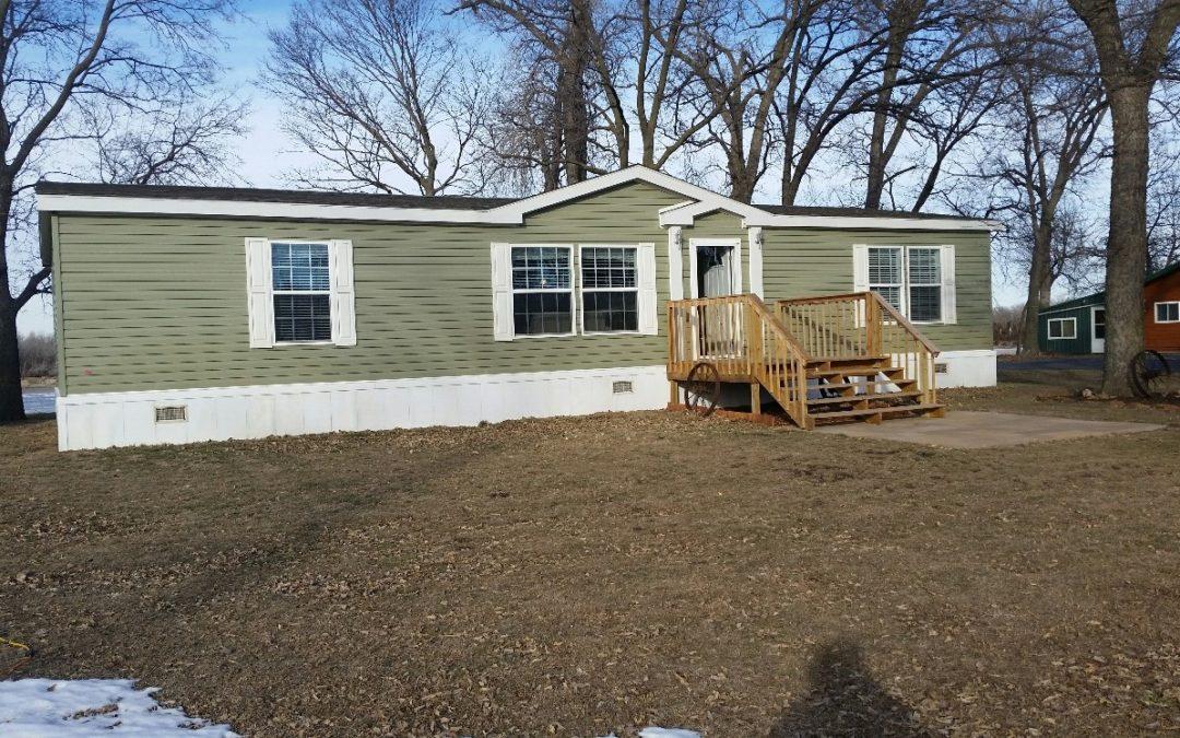 57347 892 Rd., Wynot, NE  68792  1,680 sq. ft.; 3 bdrm; 2 bath; $274,900.00