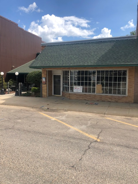 The Plantation Flower Shop – Laurel, NE 68745 $115,000.00