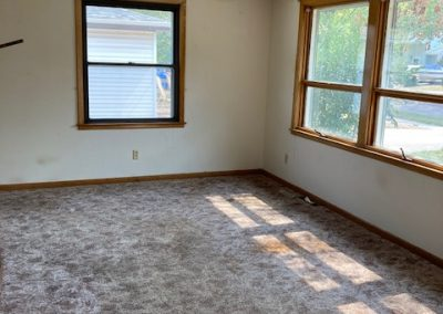 5504 W 16th, Sioux Falls, SD - living room