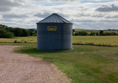 58850 Hwy 12, Ponca - grain bin