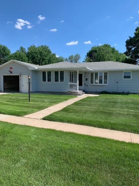 203 E Bow St, Hartington, NE 68739   1,180 sq. ft; 2 bdrm; 3 bath; $145,000.00